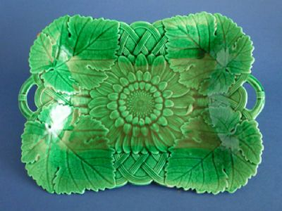 Antique Wedgwood Green Majolica 'Sunflower' Serving Dish c1874 (Sold)